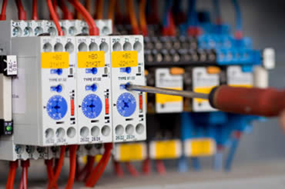 Travaux électriques à la charge du propriétaire ou du locataire ?