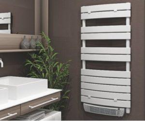 Poser un radiateur sèche-serviette soufflant